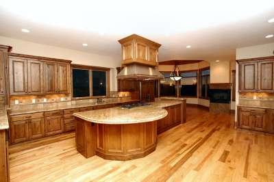 9296 Windhaven - kitchen